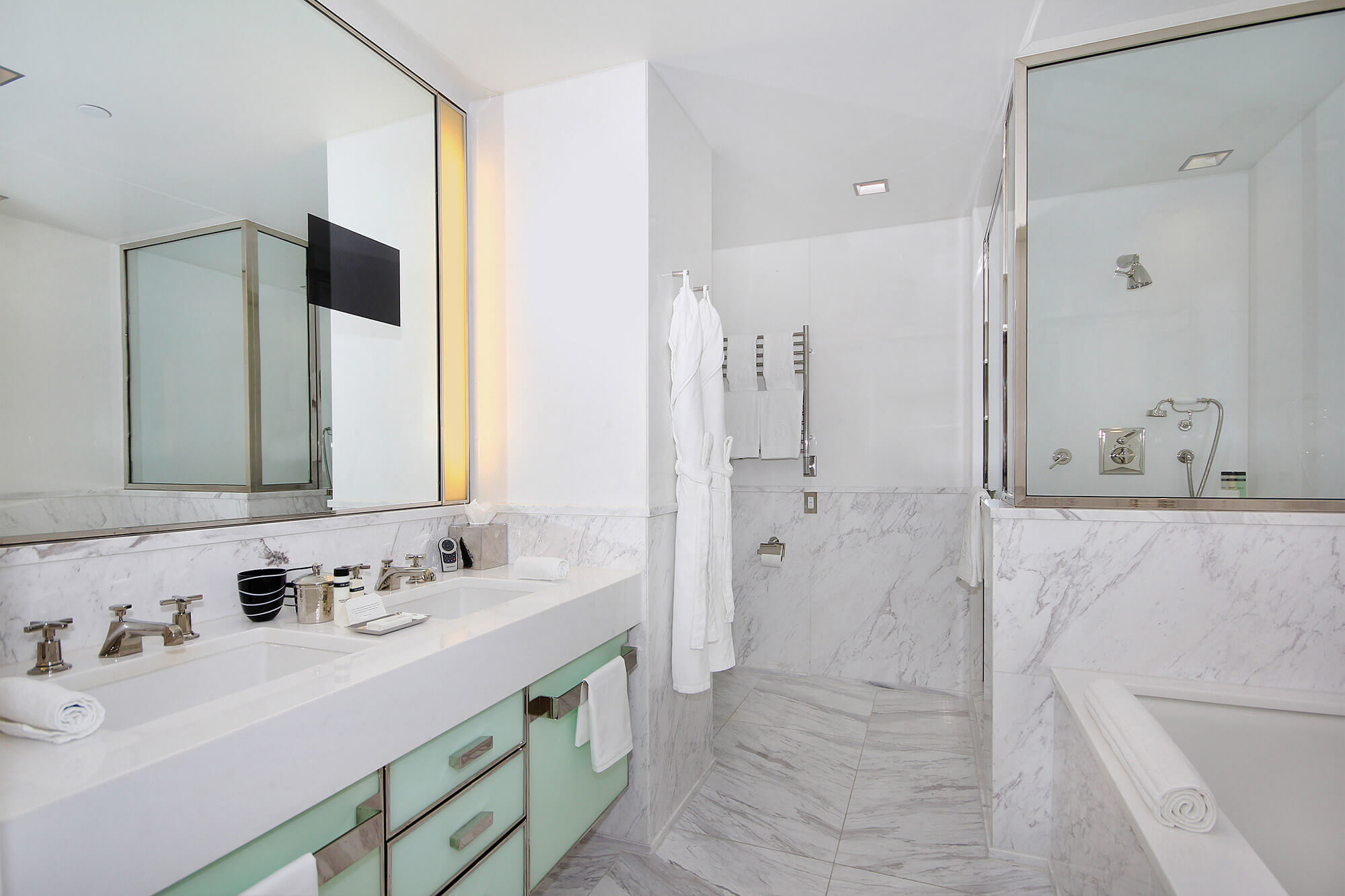 One Bedroom Suite New York Hotel Suites In New York The Mark Hotel The Madison Suites